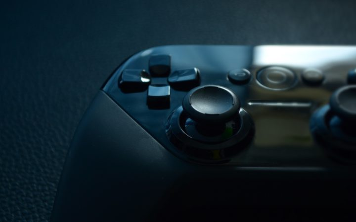 Xbox oyun kontrolcüsü.
